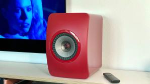 KEF LS50 Wireless II im Test: Die Lautsprecher spielen Musik per WLAN und TV-Ton per HDMI.©COMPUTER BILD