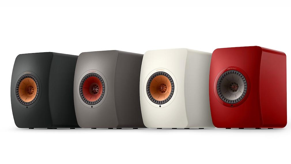 Die KEF LS50 Wireless II gibt es in Schwarz, Grau, Weiß und Rot.