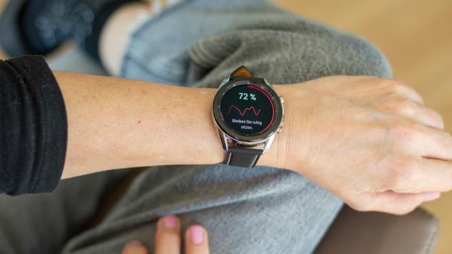 Galaxy Watch 3 Blutdruckmessung durchführen©COMPUTER BILD