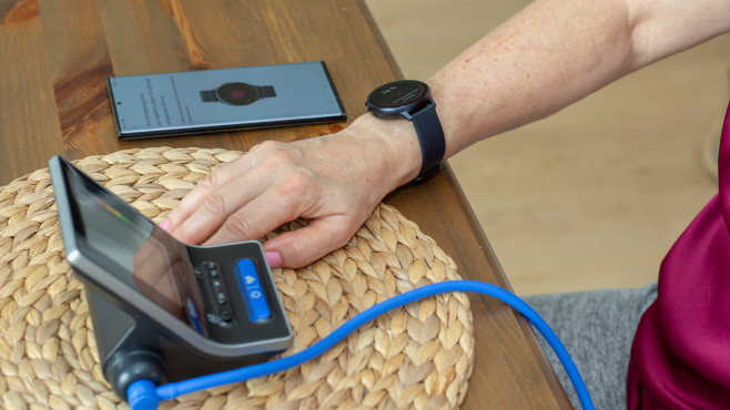 Galaxy Watch Active 2 Blutdruck messen kalibrieren©COMPUTER BILD