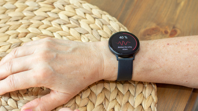 Galaxy Watch Active 2 Blutdruckmessung durchführen©COMPUTER BILD