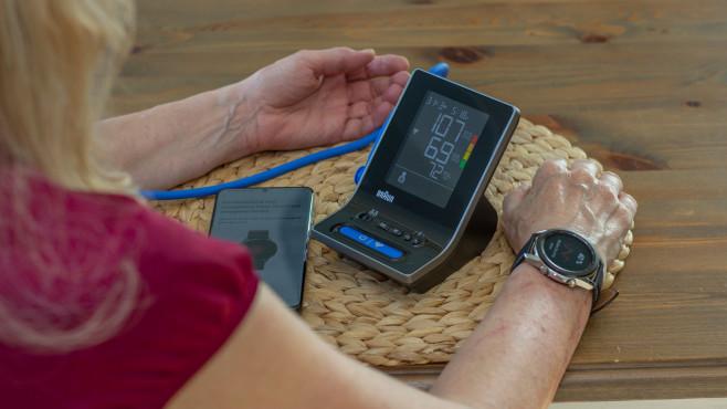 Galaxy Watch Blutdruck kalibrieren©COMPUTER BILD