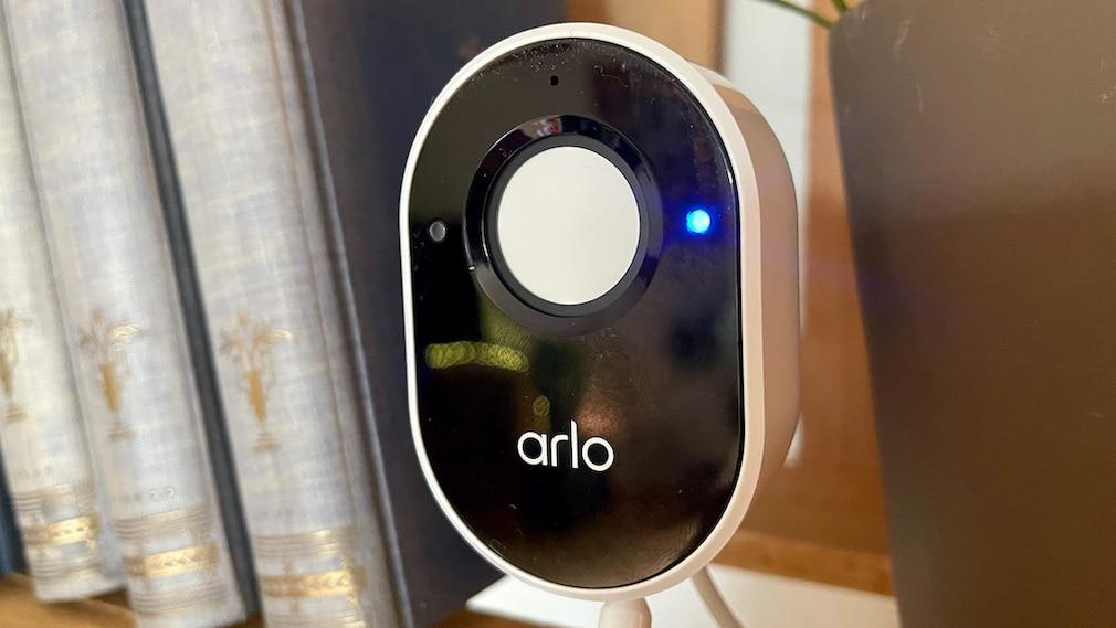 Arlo Essential Indoor, Kameraaddeckung