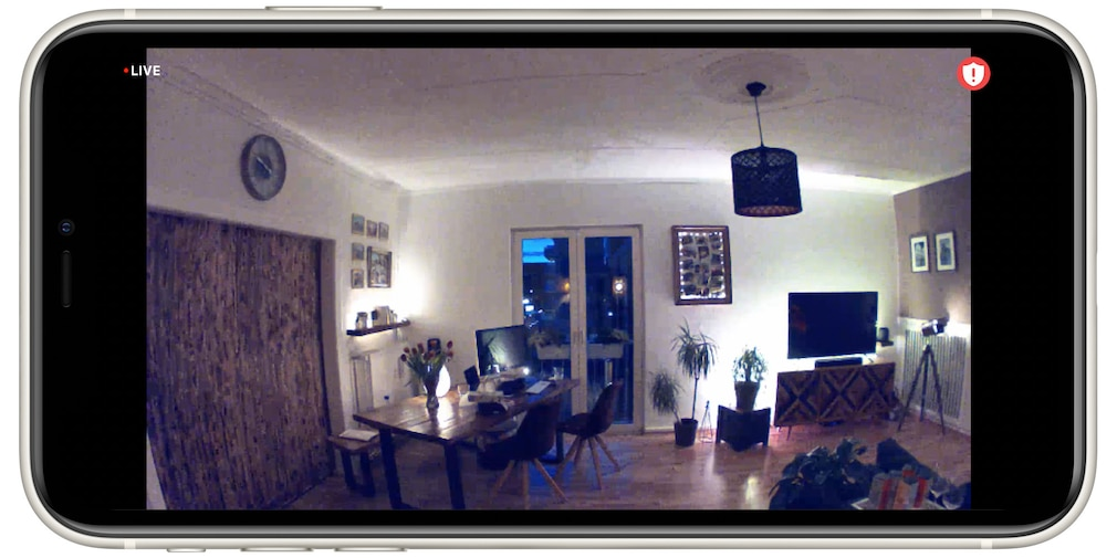 Arlo Essential Indoor, Kamerabild abends