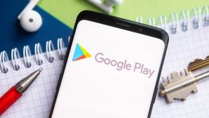 Das Google-Play-Logo auf einem Smartphone©SOPA Images/Getty Images