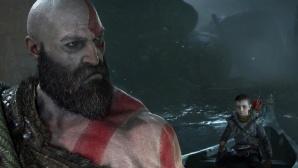Kratos mit seinem Sohn Atreus auf einem Boot©Sony