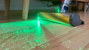 Dyson V15 Detect: Laser zeigt-Staub©Dyson, COMPUTERBILD
