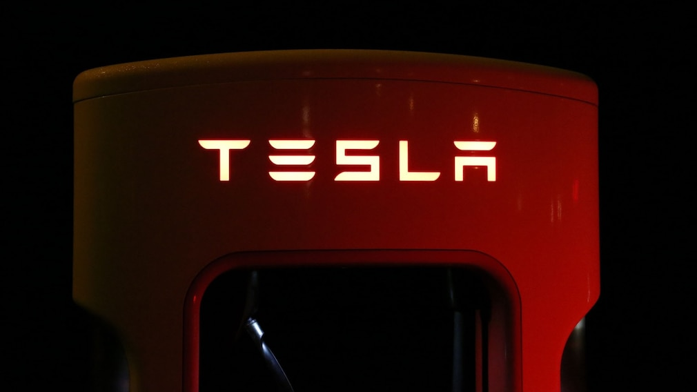 Tesla Ladesäule©pexels.com
