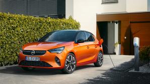 Opel Corsa-e an der Wallbox©Opel