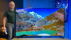 LG OLED 77Z1 im Test: Mit knapp zwei Metern Bilddiagonale ist der Fernseher richtig groß, die Bildqualität ist überragend.©COMPUTER BILD