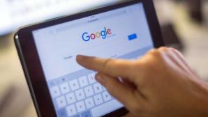 Google-Startseite auf Tablet©dpa-Bildfink