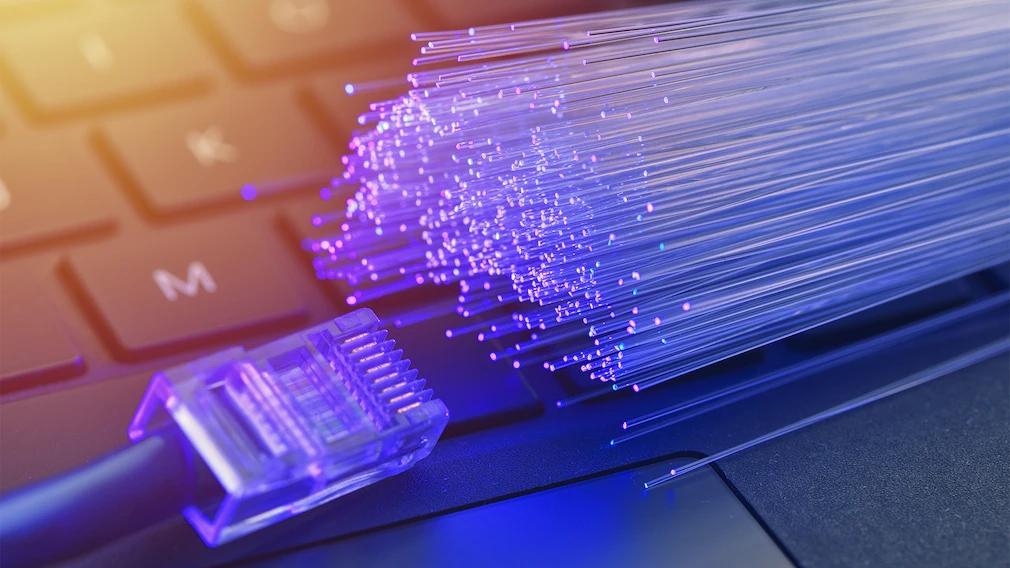 Glasfaser: Verbraucherzentrale warnt vor aggressivem Vertrieb