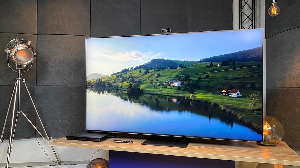Der Samsung QN800A überzeugte im Test nicht nur mit Brillanz und Schärfe, sondern auch mit natürlichen Farben.