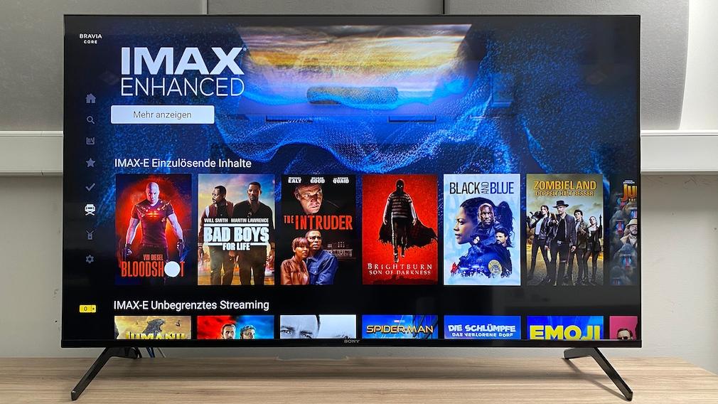 Der Sony X90J bietet Zugang zur Sony-Videothek Bravia Core mit einer Reihe interessanter Filme. Imax bedeutet hier 4K HDR und DTS-Raumklang.