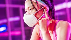 LG PuriCare Wearable Air Purifier©LG