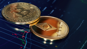 Ethereum und Bitcoin©iStock.com/znm
