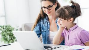 Home-Schooling und Online-Lernen©iStock.com/demaerre
