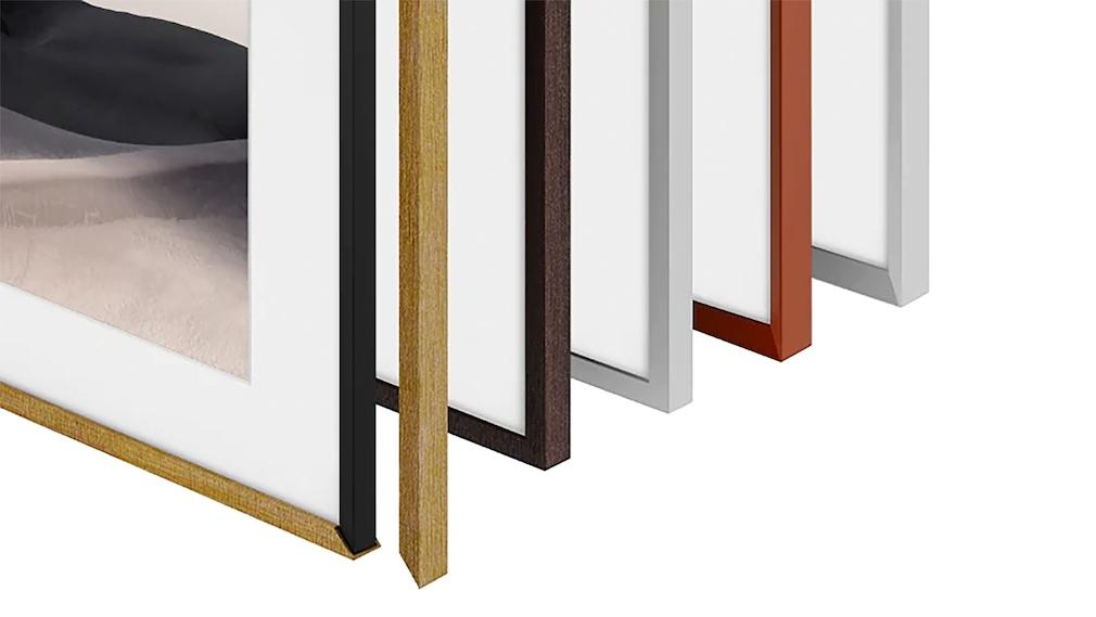 Gegen Aufpreis gibt es Wechselrahmen in verschiedenen Farben, Formen und Materialien.