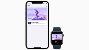 iPhone 12 und Apple Watch vor grauem Hintergrund.©Apple