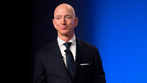 Jeff Bezos©JIM WATSON/Getty Images