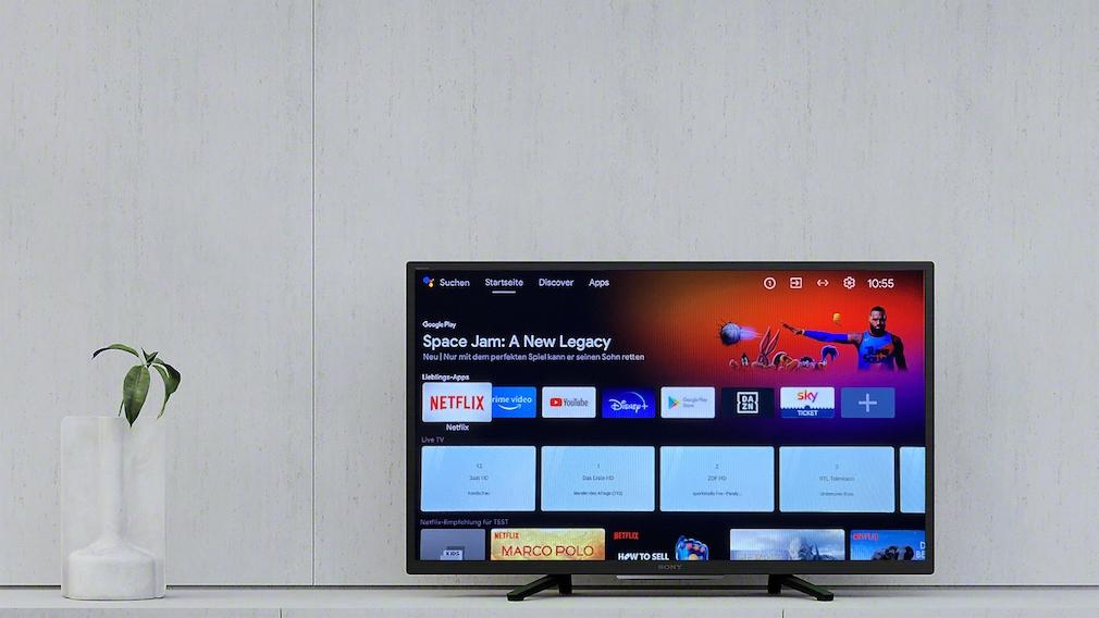 Sony KD-32W800 im Wohnzimmer