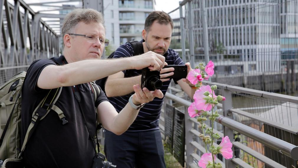 Kamera gegen Smartphone