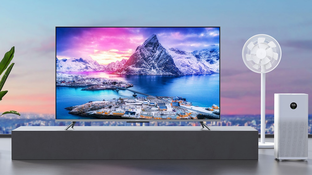 Xiaomi TV Q1E 55 in einer Wohnung.