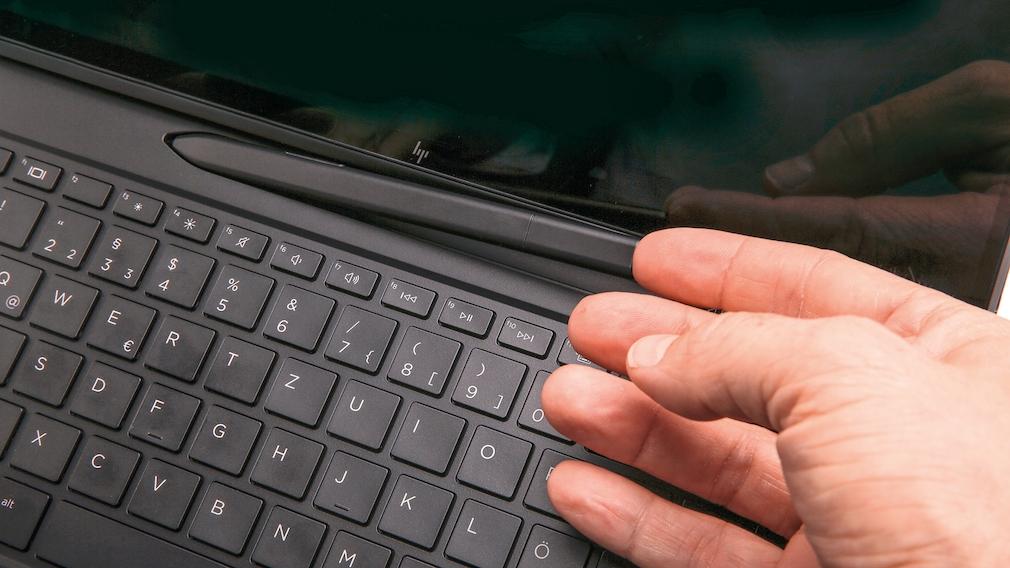 HP Elite Folio Fach für den Stift