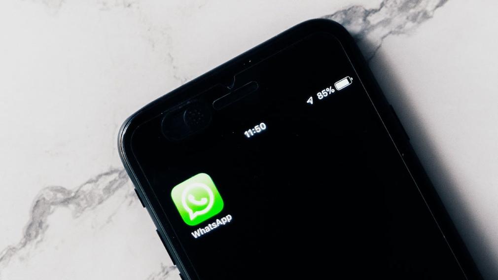 WhatsApp-Icon auf Smartphone