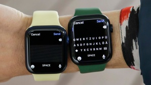 Apple Watch 6 und Apple Watch 7 mit Tastatur©COMPUTER BILD