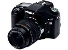 Die Pentax K200D nimmt Bilder mit 10,2 Megapixel auf.