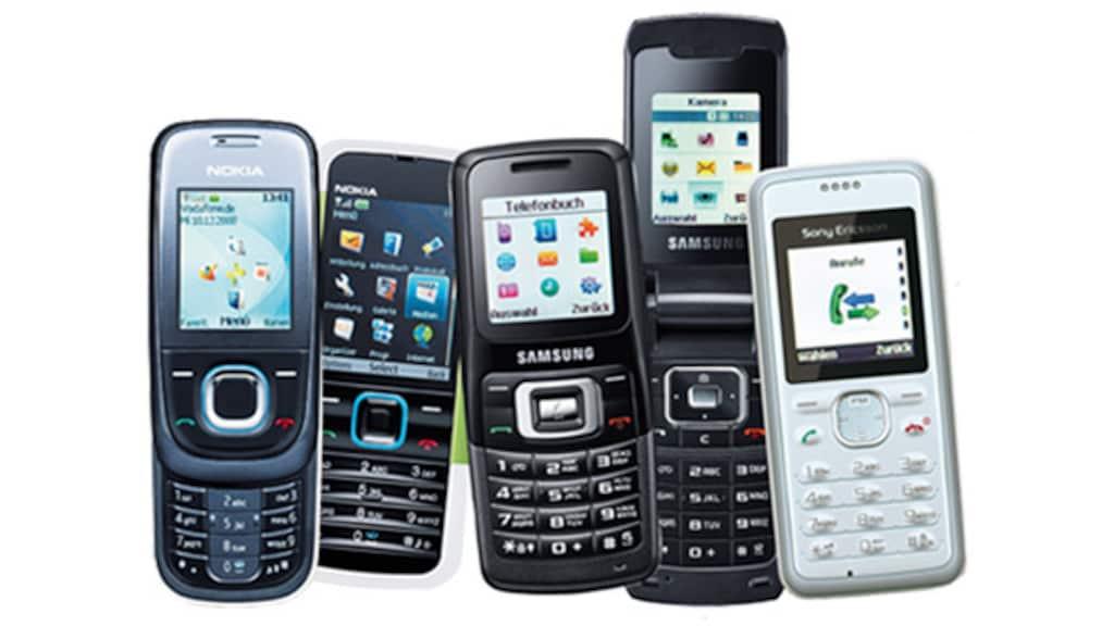Nokia 5000 Sony Ericsson T303 Samsung SGH-M310 Motorola W156: Billig-Handys im Test