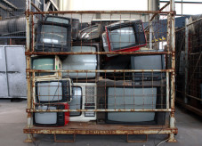 Alte Röhrenfernseher
