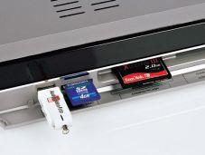 Kartenleser und USB-Anschluss Technisat Digit HD8-S