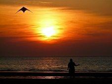 Bild: Drachen am Meer – von: CircelingCrow
