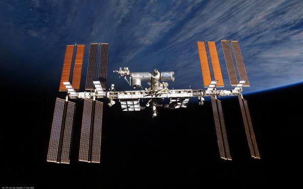 ISS - von STS-130 Crew, NASA ©STS-130 Crew, NASA