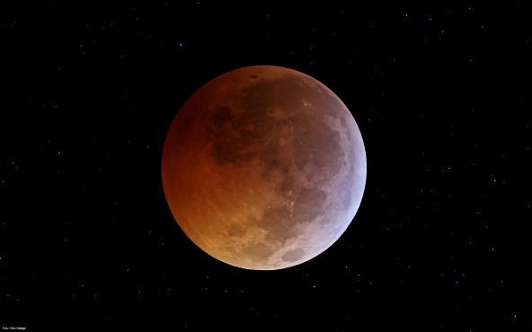 angestrahlter Mond - von Chris Hetlage ©Chris Hetlage