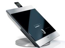 Hi-Fi- und Video-Trends 2009 Echt innovativ: Fujifilm bringt mit der Finepix Real 3D W1 eine kompakte 3D-Digitalkamera auf den Markt.
