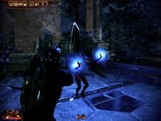 Mass Effect 2 Selbstmord-Mission bestehen Ein Biotiker gewährt Ihrer Gruppe Schutz vor den fliegenden Kollektoren-Gegnern.