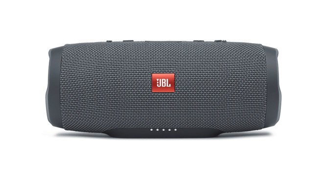 JBL Charge Essential © Media Markt