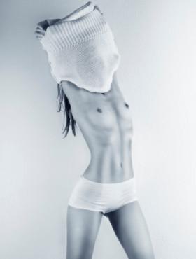 Bild: getting undressed – von: bb-photo ©Bild: getting undressed – von: bb-photo
