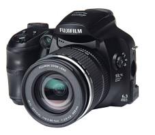 Selbst wenn die Kameraautomatik die Lichtempfindlichkeit auf 800 ISO einstellte, gab's kaum Bildrauschen.