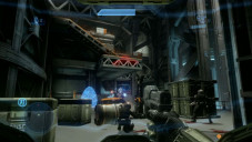 Actionspiel Halo 4: Waffe © Microsoft