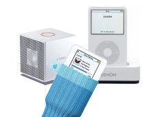 Das Zubehör für den iPod & Co erstreckt sich über Kopfhörer, Docking Stations bis hin zu Socken.©apple