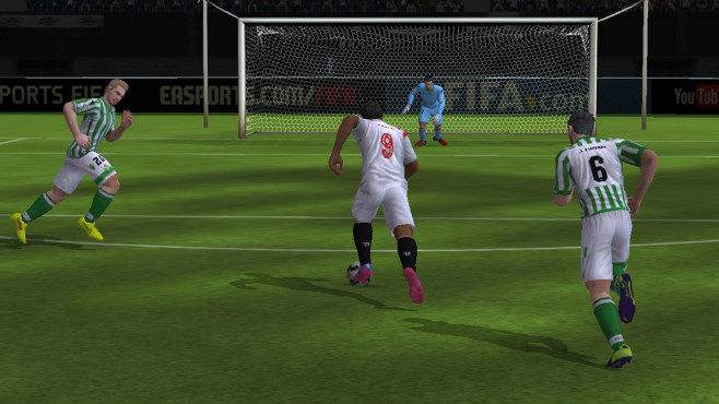 FIFA 15 UItimate Team: Tor © Electronic Arts