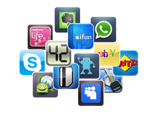 Smartphone-Apps © Skype, James Thomson, iFun, stoeger it GmbH, Agile Web Solutions Inc., AVM, WhatsApp Inc., Access Co, LTD, Evernote Corp, Myspace, Swiss Codemonkeys, PostUPp