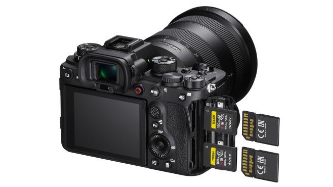 Sony Alpha 1 - CFexpress-Steckplätze©Sony