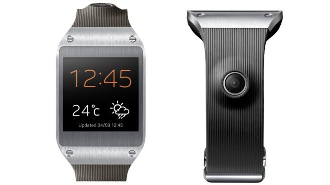 Samsung Galaxy Gear mit S-Voice-App©COMPUTER BILD