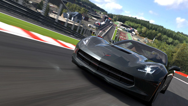 Gran Turismo 5: Eau Rouge ©Sony