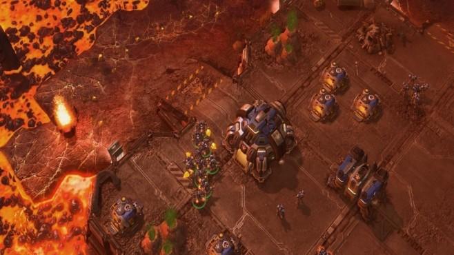 """Gratis-Downloads: 66 kostenlose Strategiespiele für PC! Mit """"StarCraft Anthology"""" holen Sie ein Stück Videospiel-Geschichte nach.©Blizzard"""
